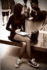 The girl at the Museum. (Carlos Arriero) Tags: travel portrait people blackandwhite newyork blancoynegro girl fashion museum sepia painting nikon chica gente retrato converse museo tamron prettygirl viajar estadosunidos nuevayork 2470mm deportivas dibujando robado fotosntesis chicaguapa museoamericanodehistorianatural d800e carlosarriero