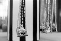 La giostrina dei seggiolini volanti (sirio174 (anche su Lomography)) Tags: calcinculo seggiolinivolanti giostra carousel modellino como studenti students costruzione giornatadellacreativit laboratorio istitutotecnico scuola school