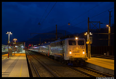 Lokomotion 139 133 + Railpromo Austria Express, Bischofshofen 12-03-2016 (Henk Zwoferink) Tags: blue wagon austria lomo traction rail company service express henk 139 133 rtc blaue nmbs i6 stunde lokomotion bischofshofen br139 houre zwoferink railpromo