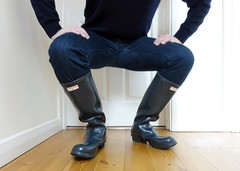 More Navy Hunters (essex_mud_explorer) Tags: vintage boots gates navy rubber wellington hunter wellingtonboots wellies rubberboots gummistiefel wellingtons gumboots rainboots madeinscotland rubberlaarzen hunterboots