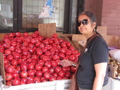 Toronto-15.20 (davidmagier) Tags: toronto ontario canada fruits sunglasses can pomegranates aruna