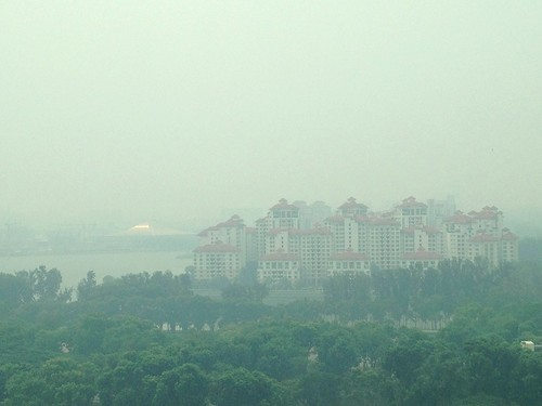 Lovely haze in Singapore today.