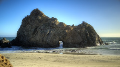 Pfeiffer Beach's Keyhole Rock (Sam Saechao) Tags: california sea seascape nature landscape sand rocks bigsur pacificocean beaches pacificcoast pfeifferbeach keyholerock