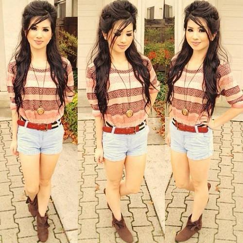 Teen brunette babe