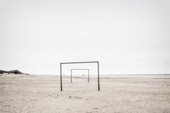 (koeb) Tags: sea beach rain strand meer fussball north goals langeoog nordsee regen tore