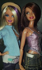 BFF's Barbie and Teresa (Henrik Silva) Tags: rainbow barbie teresa fashionista bffs fashionistas wave1