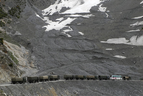 Climbing the Zoji Pass - Kashmir