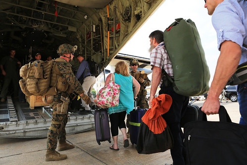 Marines evacuate embassy in South Sudan [Image 16 of 23]