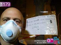 Foto in Pegno n° 1179 (Luca Abete ONEphotoONEday) Tags: warning mask 21 cartello rifiuti calabria maschera selfie febbraio 2014 emergenza mascherina avviso 1179