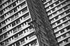 _linhas diagonais (.merchan) Tags: pictures city brazil urban blackandwhite bw building brasil canon photo foto photographer sãopaulo pb sp urbano prédio pretoebranco paulista edifício t3i avpaulista metrópole cenaurbana diagonallines blackwhitephotos jornadafotográfica saídasfotográficas saídafotográfica cidadesbrasileiras cityofsaopaulo linhasdiagonais yourcountry fotocultura yuribittar abnermerchan canoneosrebelt3i 35fotocultura 35ªsaídafotocultura