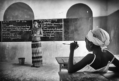 senegal (peo pea) Tags: school portrait blackandwhite saint louis senegal dakar ritratto scuola bianoconero