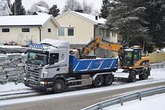 Scania Dump Truck - Teknobygg Anlegg (prahatravel) Tags: road cat truck site construction tipper dump cargo transportation vei freight catepillar scania excavator anlegg teknobygg