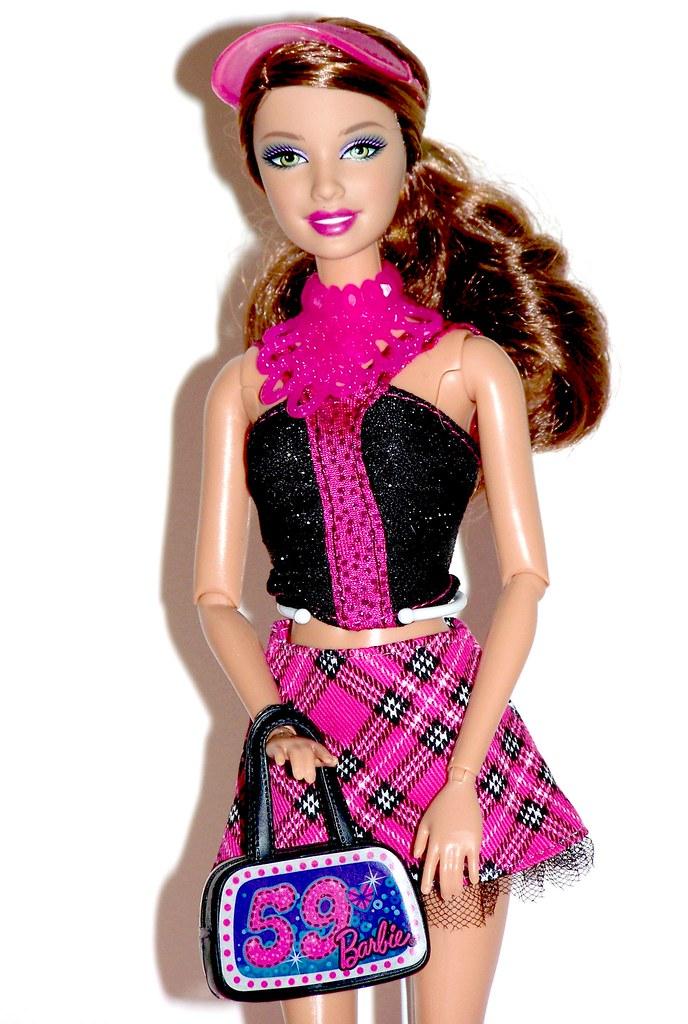 Barbie fashionistas in the spotlight glam doll 3