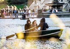 Central Park, THe Pond (Aelx Silbia) Tags: newyorkcity centralpark streetphotography thepond bethesdafoundtain