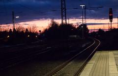 Bahnhof (bibi) Tags: sunset canon sonnenuntergang bahnhof trainstation lichter feierabend abends 2015 eosm canoneosm homeroute