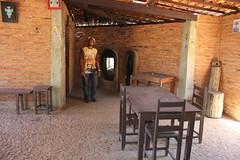 Na casa central do eremitrio h um refeitrio com cozinha. 108 (vandevoern) Tags: brasil serra piaui eremitrio orao trindade floriano vandevoern landrisales