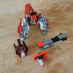 DSCN6388 (alfa145q_lego) Tags: robot lego mecha rebuild alternate 31034 31033 31032 legocreator vehicletransporter redcreatures futureflyers