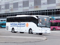 National Holidays NH16LEH Derby (Guy Arab UF) Tags: bus buses station mercedes benz coach holidays national derby tourismo nh16leh