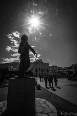 landscape-Cadaques-Dali (NoSound Photography) Tags: street people bw sun monochrome statue landscape star soleil nikon nb contraste dali rue effect espagne contrejour icone peintre cadaqus nosoundphotography