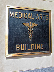 Medical Arts Building, Minneapolis, MN (Robby Virus) Tags: building minnesota architecture arts minneapolis medical neogothic 1924