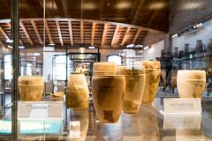 Comacchio (Anita Pravits) Tags: italien italy museum italia ship museo schiff romanempire emiliaromagna comacchio earthenwarejar rmischesreich handelsschiff tongefs tradingship museodellanaveromana