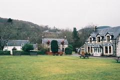 (Carla Andrea Tamara Tonesi) Tags: film 35mm lago scotland nikon roadtrip escocia loch f80 ness higlands