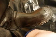 Uniroyal Century (essex_mud_explorer) Tags: century boots rubber wellington wellingtonboots rubberboots rainwear gummistiefel rainboots uniroyal