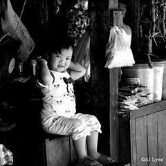 104. Local Market, Siem Reap, Cambodia DSC07443 (AJ Lynx) Tags: children asia cambodia market local siemreap psahchas