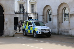 London, Ministry of Defence Police (alexgiordano965) Tags: great britain england inghilterra gran bretagna london londra police polizia polizei car emergency british transport ministry defence metropolitan city mitsubishi