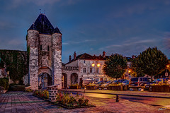 Porte de Samois, Moret-sur-Loing - HDR (gilles_t75) Tags: d5300 france gillest hdr nikkor1855mmf3556 nikon bracketing exposurefusion highdynamicrange photohdr photomatix tonemapping moretsurloing seineetmarne77 ledefrance heurebleue bluehour nuit