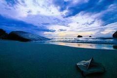 IMG_4327 ~ lelah mengejar (achem74) Tags: tc telukcempedak kuantan pahang malaysia travel places trip beach coast sunrise canon eos eos700d canoneos700d canonlens 10mm18mm wideangle efs10mm18mm