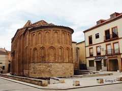 Abside de la Iglesia de San Lorenzo el Real, en Toro. (lumog37) Tags: church iglesia ábside apse románico romanesque mudejar arquitectura architecture
