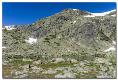 _JRR2759 (JR Regaldie Photo) Tags: mountain snow rocks nieve lagunas sierrademadrid pealara jrregaldiephoto