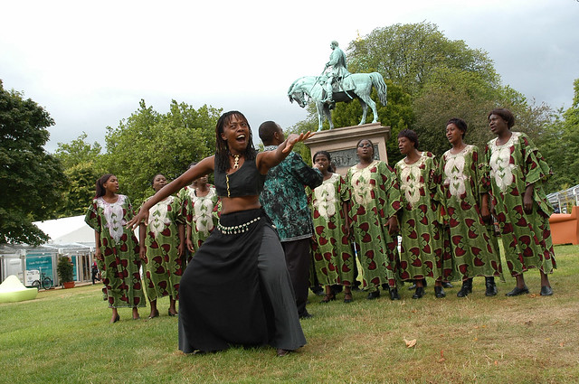 Soweto Choir kick off the Festival with style