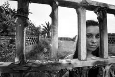 Black Widow... (la.churri) Tags: contraluz mujer nikon carol musa abandono abandonado telaraña d90 tokina1224mm 2013 luznatural