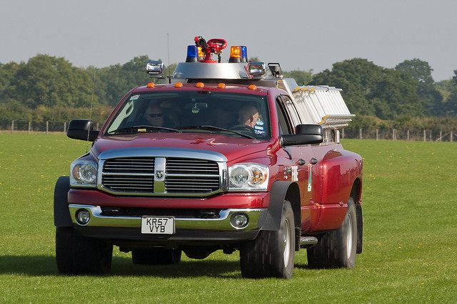 dodge dodgeram1500 fireandrescue rescuevehicle sywell sywellaerodrome