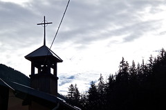 Liaison directe avec le ciel ! (Fanette13) Tags: winter sky mountain snow cold church montagne alpes canon god hiver ciel neige savoie glise froid dieu clocher
