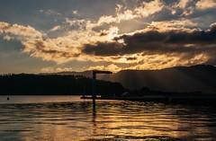 Puerto de Ortigueira (Jose Losada Foto) Tags: ocean sea espaa naturaleza lake beach water rio azul ro river lago mar agua nikon photographer jose fuente playa galicia galiza fotos reflejo fotgrafo transparente fotografa fotografias fuerza ra losada nikond90 joselosada