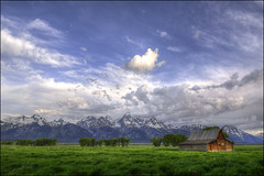 T.A Moulton Barn - Grand Teton National Park (helikesto-rec) Tags: park mountains barn grandtetons tetons grandtetonnationalpark mormonbarn