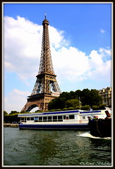 River cruise boat (Renal Bhalakia) Tags: paris france tower seine river boat europe tour eiffeltower eiffel toureiffel seineriver laseine nikond600 renalbhalakia nikon28300mmvr