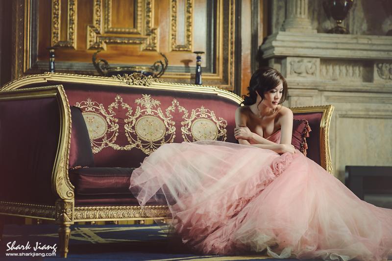 清境老英格蘭婚紗,古堡婚紗,清境婚紗拍攝,婚紗動作姿勢pose