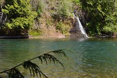 Skip It Across (Sotosoroto) Tags: river waterfall washington hiking greenriver dayhike flaminggeyser flaminggeyserstatepark