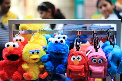 Sesame Street 2 (Masoodz) Tags: canon 50mm singapore bokeh ngc sesamestreet sentosa masood niftyfifty 650d universalstudiossingapore