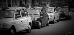 Taxis londoniens (laurent.rogue) Tags: uk london unitedkingdom taxi taxis londres