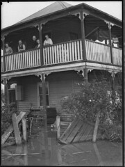 Maitland, N.S.W., June 1950 flood (maitland.city library) Tags: maitland newsouthwales floods flooding floodwater state library flood 1950 hood26168h house homes verandah damage