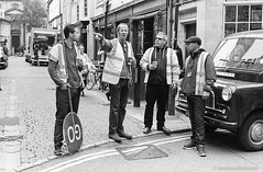 20160605_Endeavour4_Turl_M2_FP4-400_Xtol_026A_web (Bossnas) Tags: 2016 bw endeavour film filming fp4 ilford iso400 leica m2 oxford pakon turlst voigtlander xtol