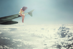 Salto (ngela Burn) Tags: sky girl clouds self plane fly jump wing sunny cielo ala nubes salto avin forward horizonte volar