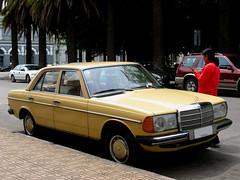 Mercedes Benz 200 Sedan 1982 (RL GNZLZ) Tags: sedan 1982 mercedesbenz200