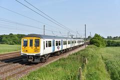 319214 - Ayres End - 1G75 (richa20002) Tags: electric tl class multiple emu unit thameslink 319 brel tsgn