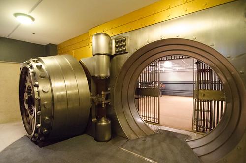 Emptying the vault